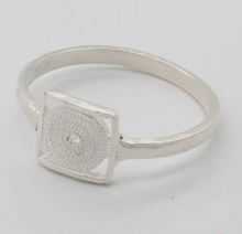 Load image into Gallery viewer, Gaviota Small silver rings
