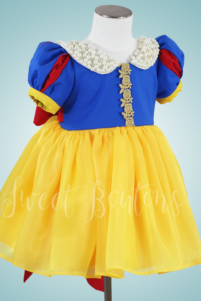 Snow White Knee length cotton and organza princess dress