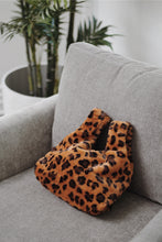 Load image into Gallery viewer, Faux Fur Shopper - Leopard