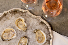 "Load image into Gallery viewer, Chunus: The Cocktail ""Bottoms Up"" Oyster"