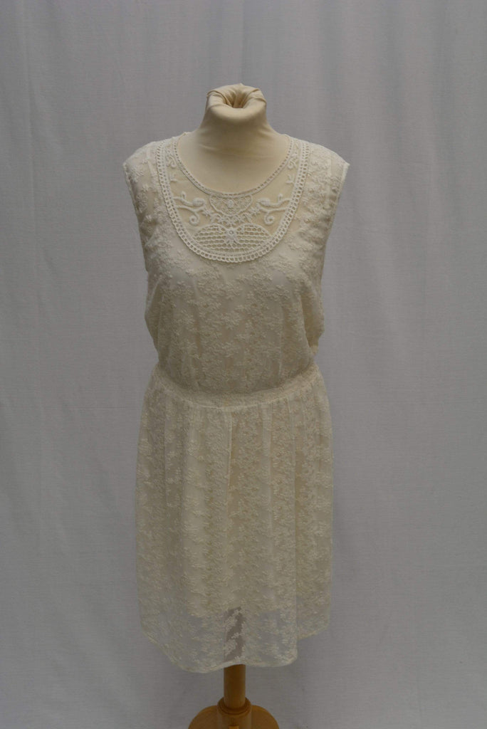 Indigo Short summer Cream Lace dress UK size 12 *new with tags*