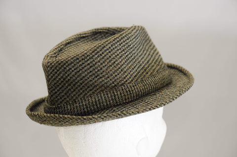 Vintage 1950's tweed walker hat