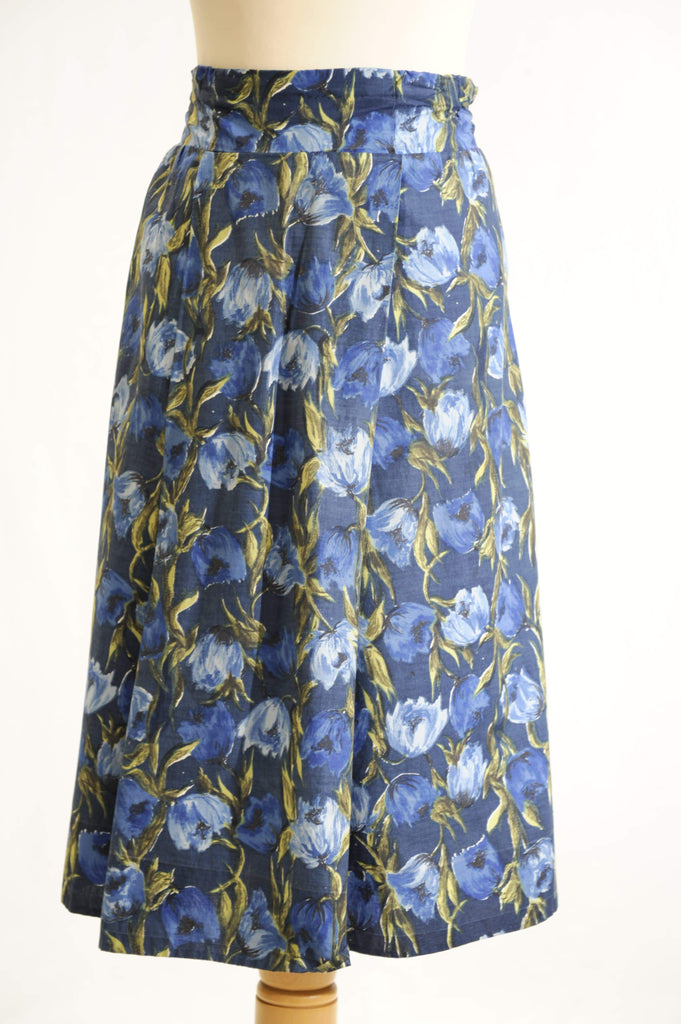 Vintage 1950s floral print pleated full skirt