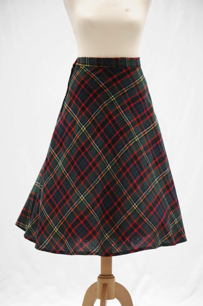 Vintage 1950s tartan wool circle skirt