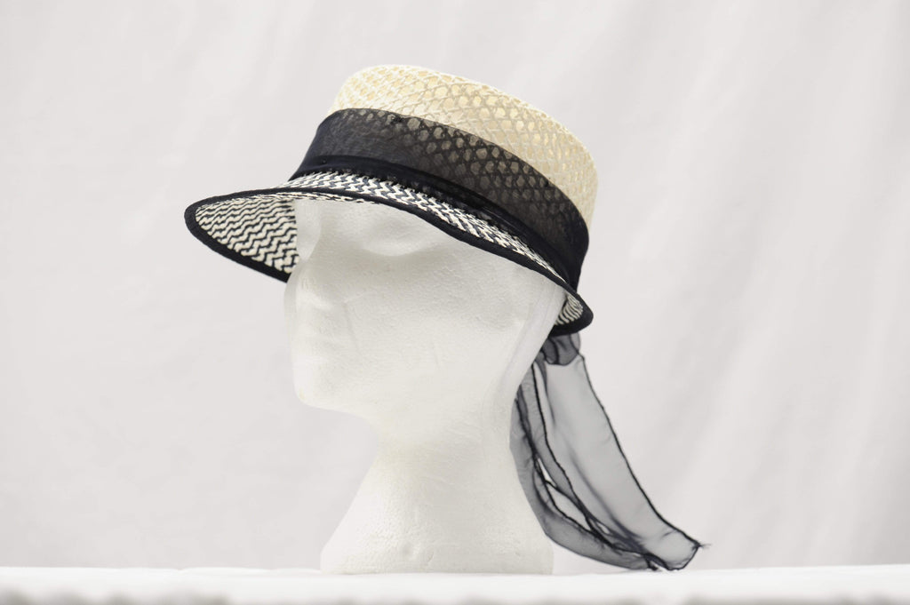 Vintage 1960's straw bucket hat with visor