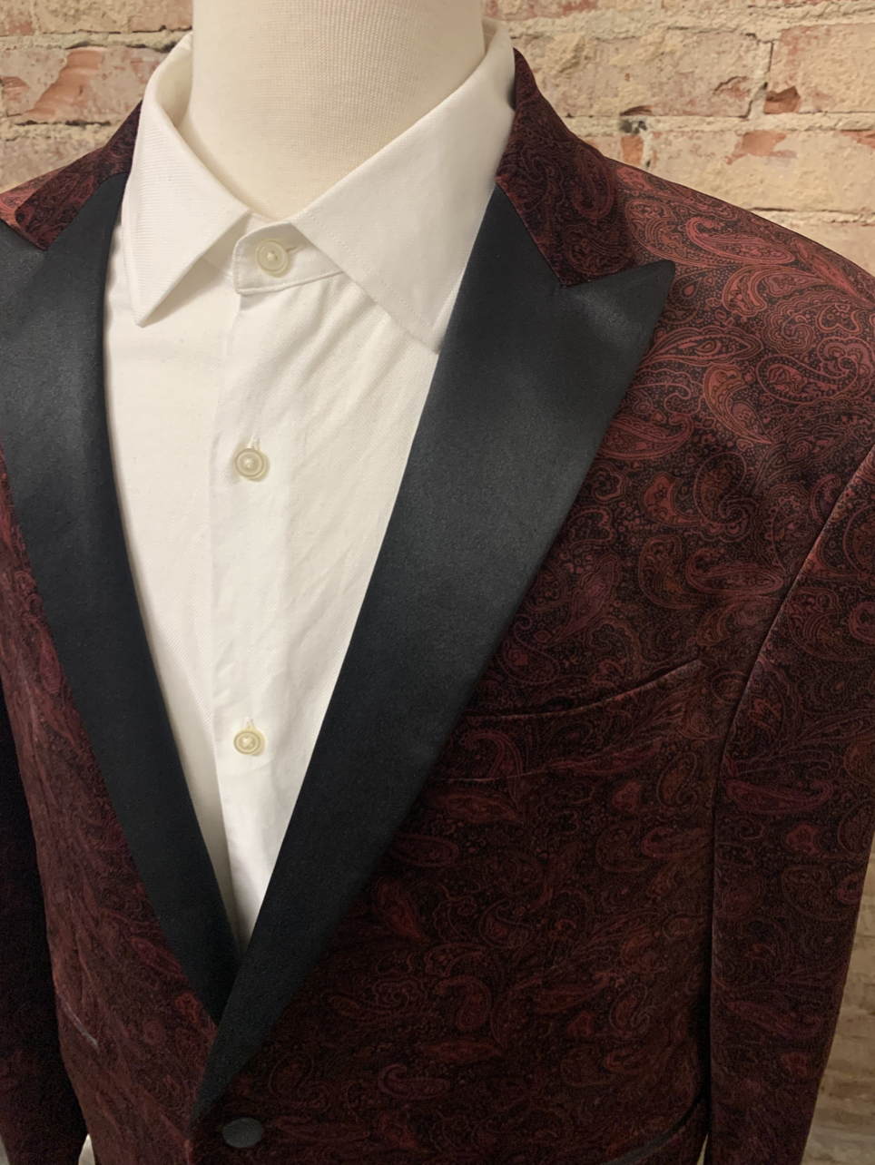 Speciality Classic Tux