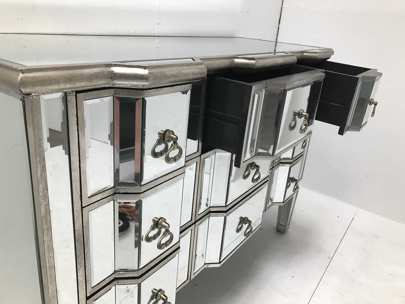 Charleston Mirrored Chest of Drawers, 9 drawers, antiqued silver, bevelled edges, wood and mirror.
