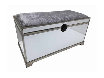 Hollywood Mirrored Trunk, bevelled mirror panels, silver crushed velvet material upholstery, wood and mirror and cloth, antiqued silver finish