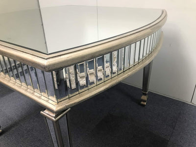 New York mirrored dining table, rounded ends, 3cm bevelled mirror strips