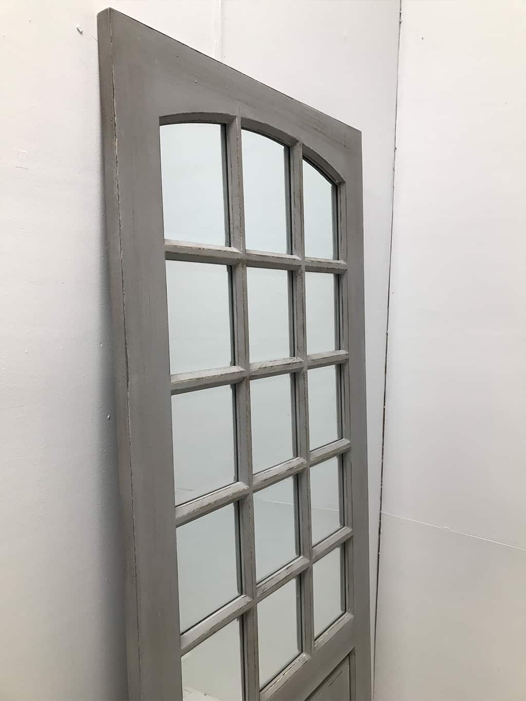 Door, 15 bevelled panels, wood and mirror, grey with rubbing