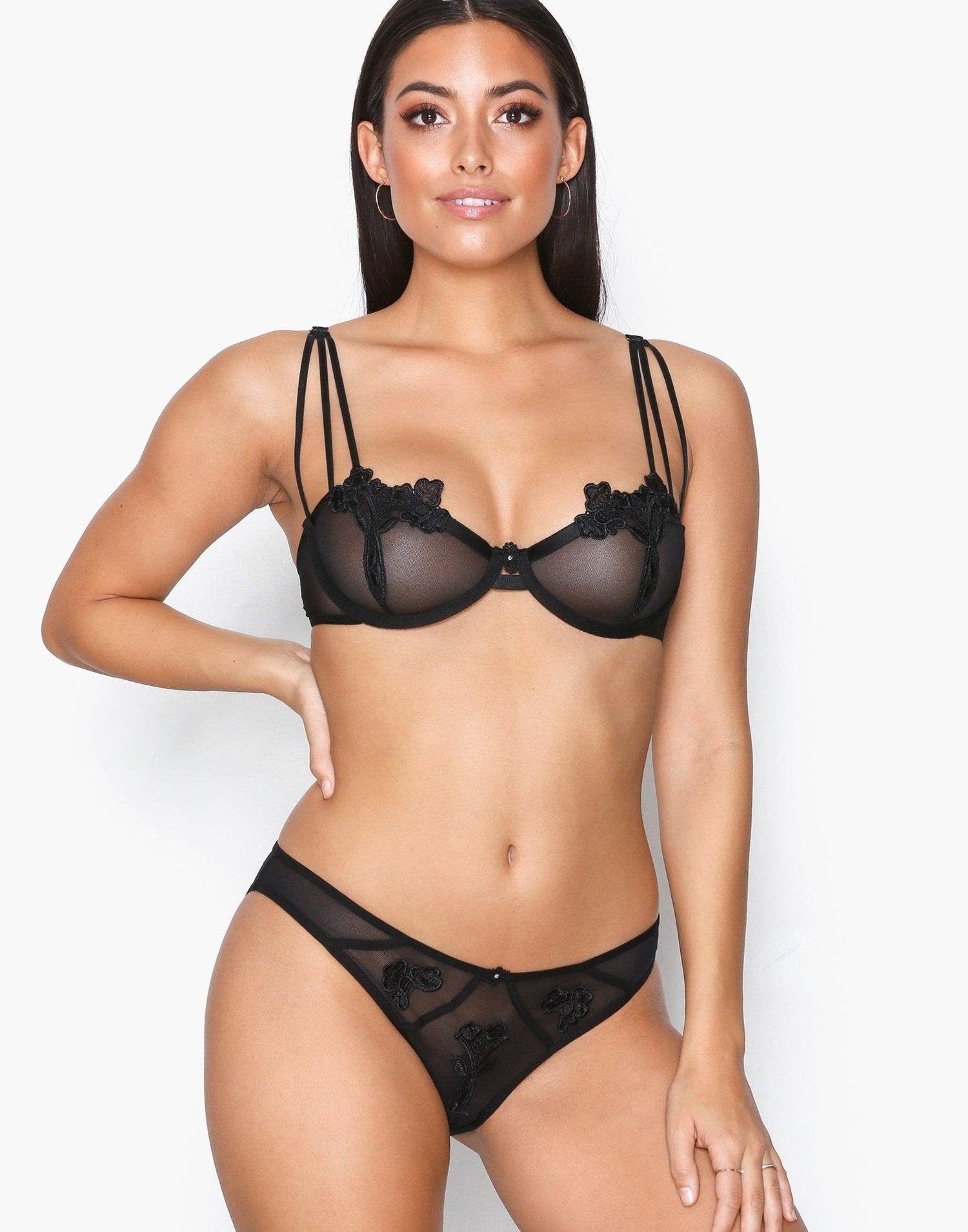 Closed Nova Bra
