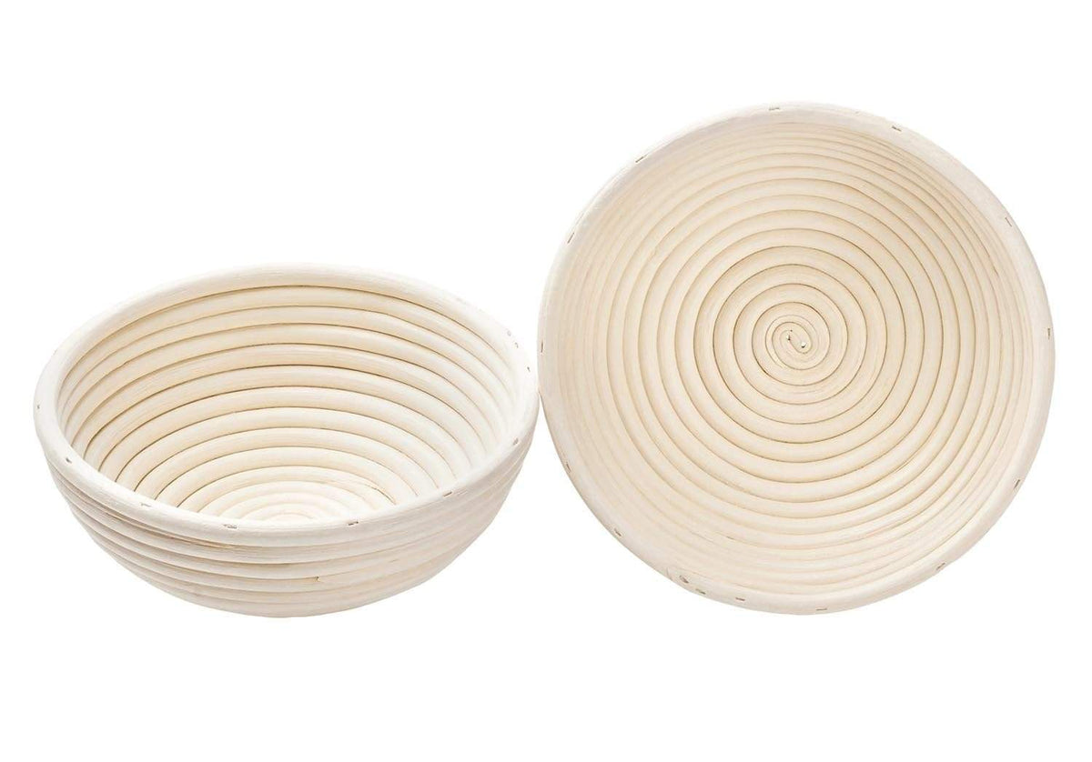 round banneton bread proofing basket with front and side view