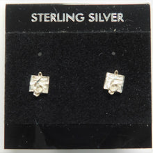 Load image into Gallery viewer, Sterling Silver Music Note Earring