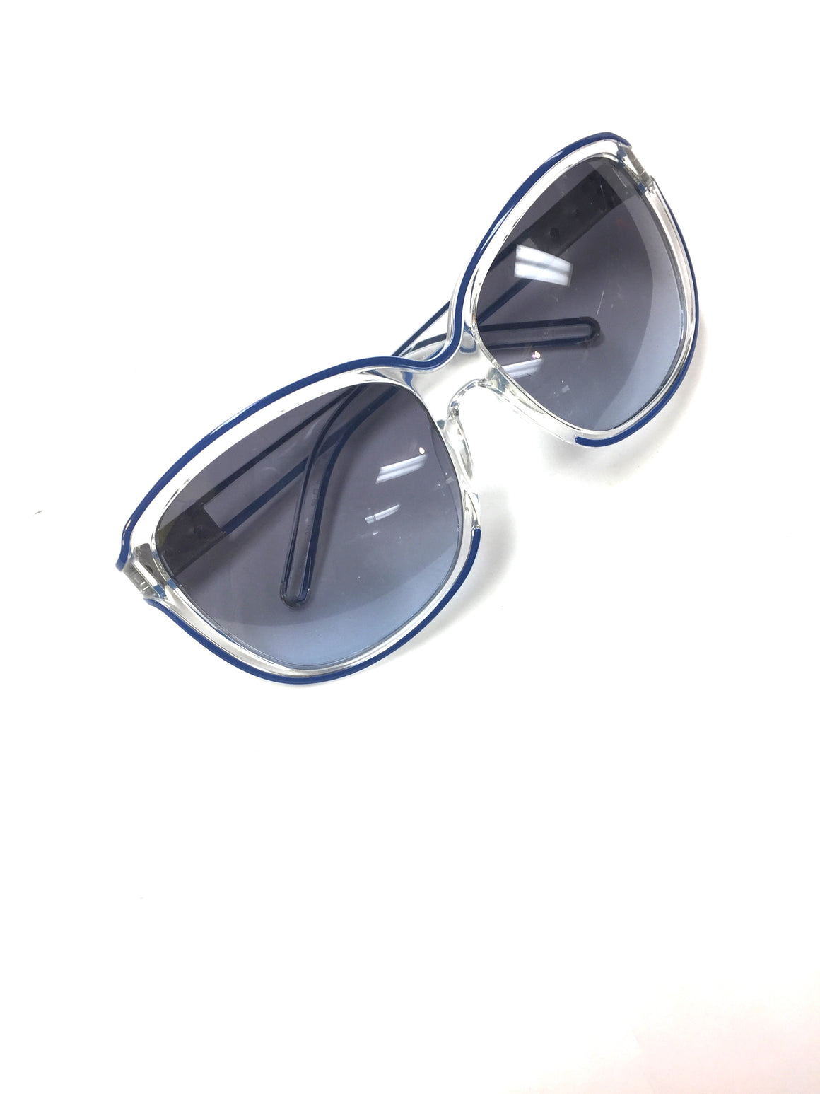 bisbiz.com CHLOE    Clear/Royal-Blue Trim Frame Sunglasses w/Blue-Tint Lenses  Style: CL623/S - Bis Luxury Resale