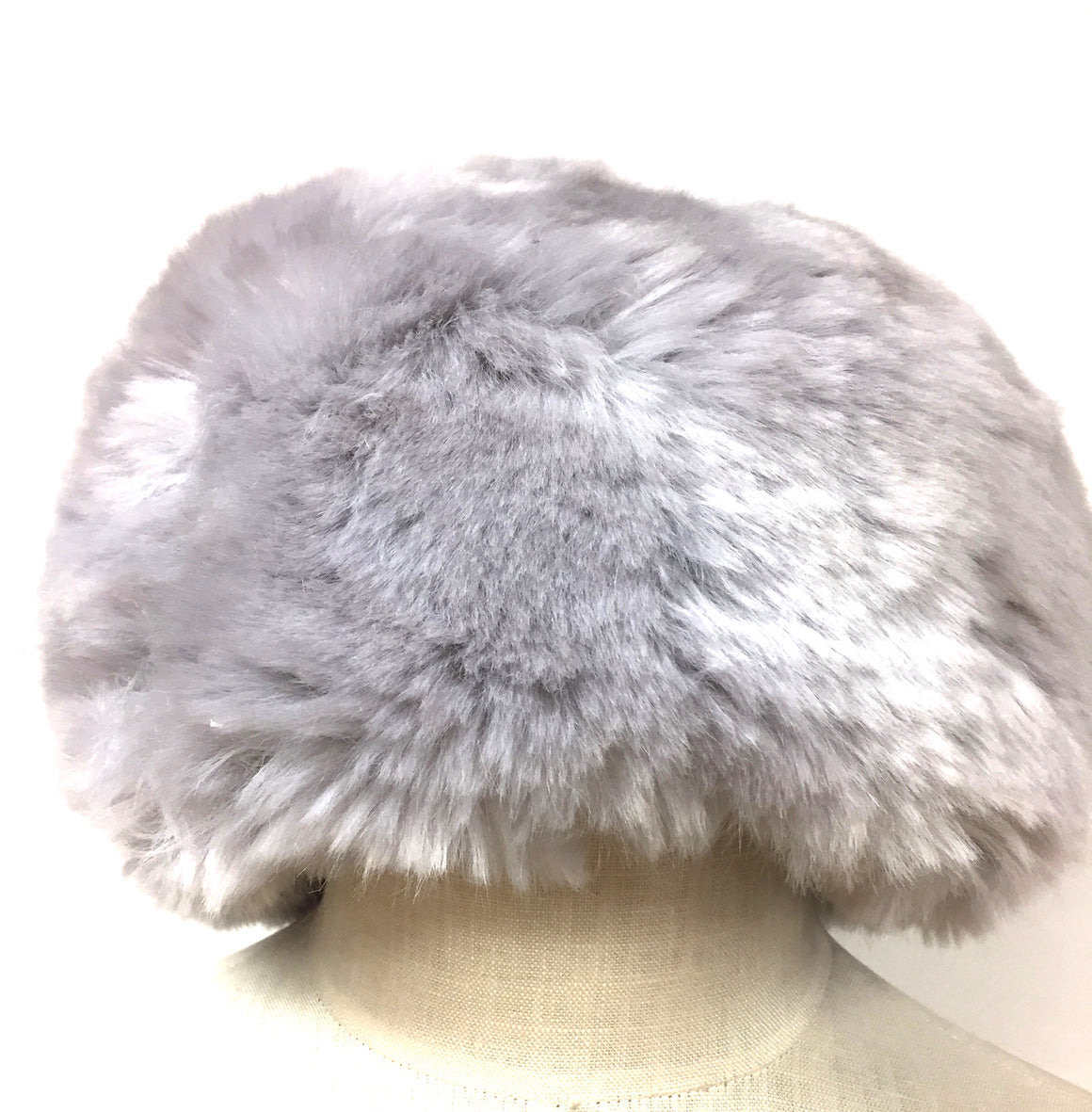 GILLY FORGE - London Silver Gray Faux Fur Hat Size: One Size