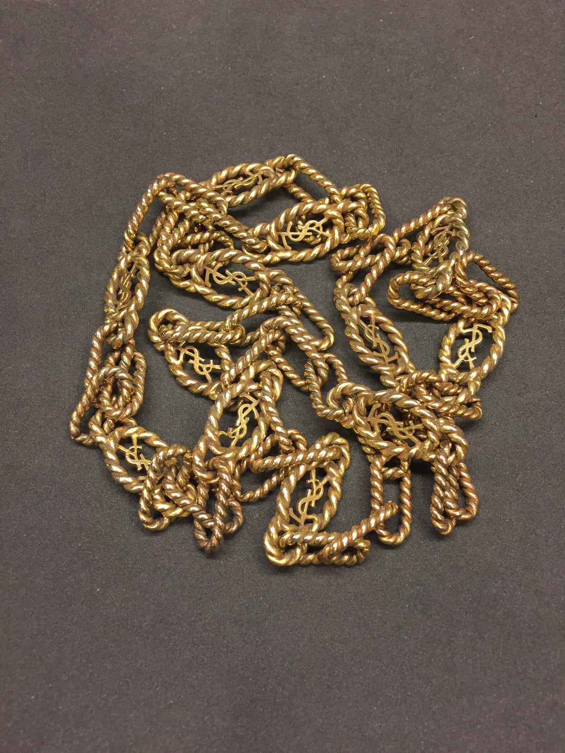 YVES ST. LAURENT Vintage Gilt Metal Iconic Logo Cabled Chain Link Fashion Necklace
