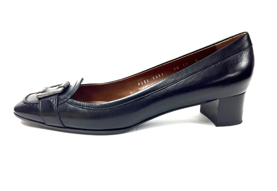 30429055822b SALVATORE FERRAGAMO Black Leather Gunmetal Buckle Low-Heel Pumps Shoes Size   11M ...