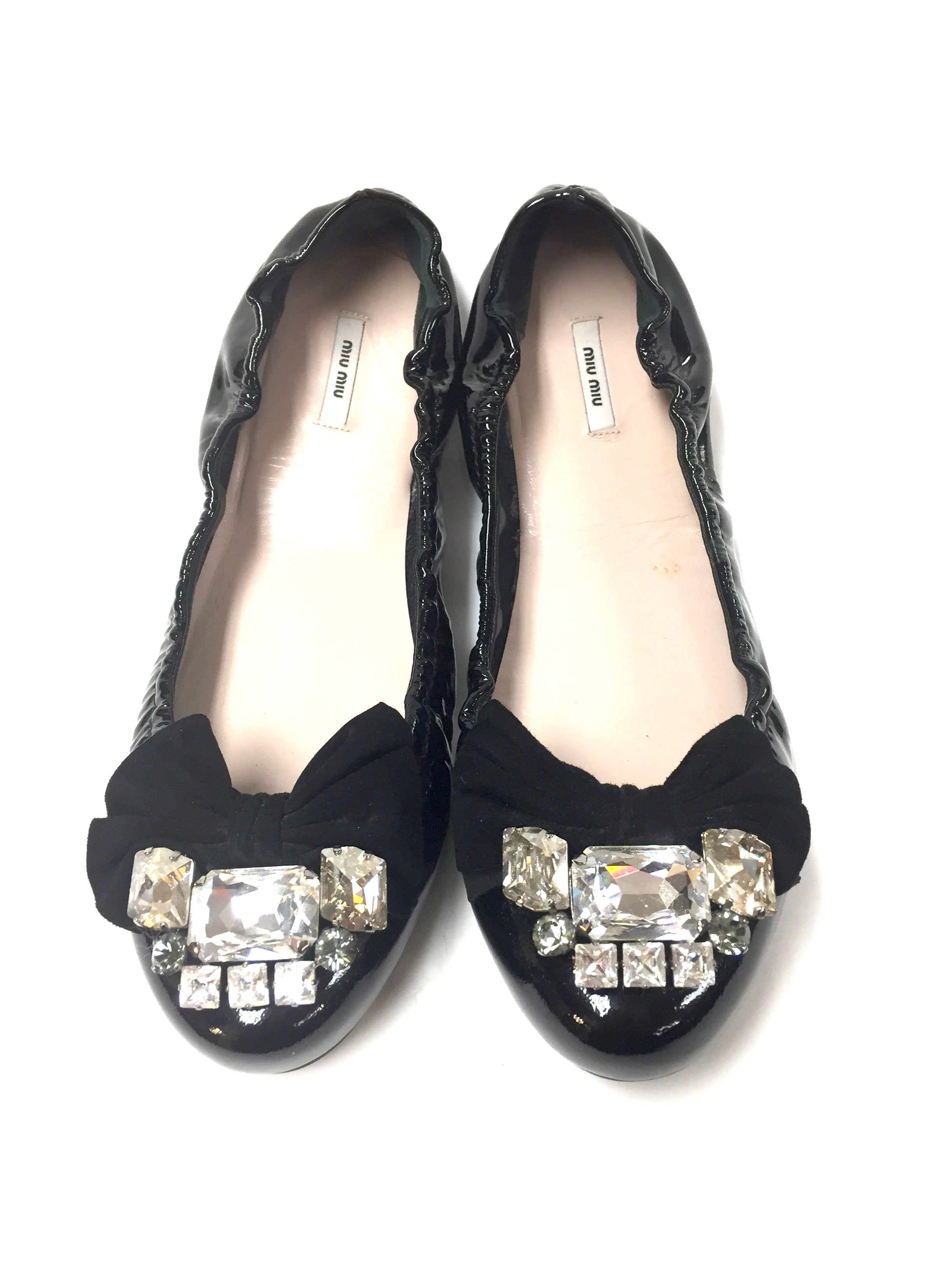 4d702fca71e MIU MIU New Black Patent Leather Elastic Edge Ballet Flats with  Crystal-Studded Suede Bow Embellishment Size  EU 38   US8