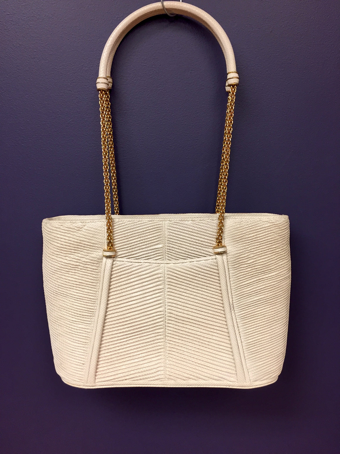 JUDITH LEIBER Vintage  Ivory Pleated Karung Skin Bag  with Gold Chain Link Handles Purse