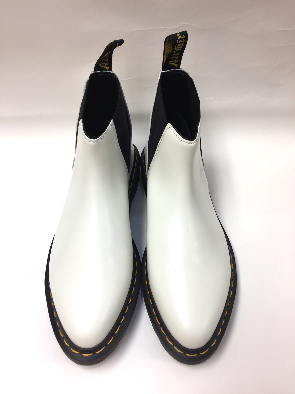 DR. MARTENS - Air Wair  New in the Box White Polished Smooth Leather Women's Chelsea Boots Size: US 9 / UK 7 / EU 41