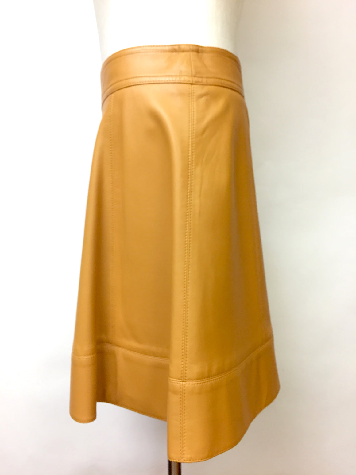 MICHAEL KORS COLLECTION New Golden-Amber Leather Above-Knee Flare Skirt  Size: US 6