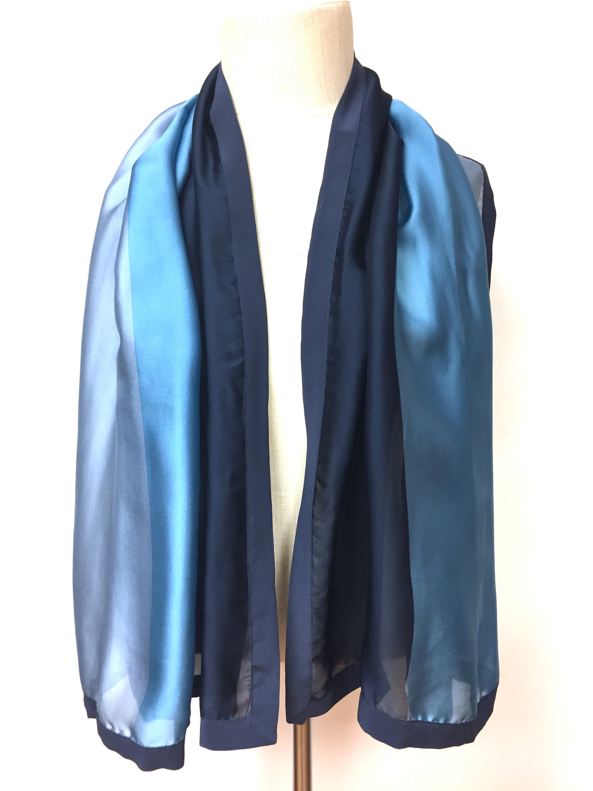 GIORGIO ARMANI - Le Collezioni Navy-Blue Eggshell-Blue Ice-Blue Color-Block Silk Long Scarf Shawl