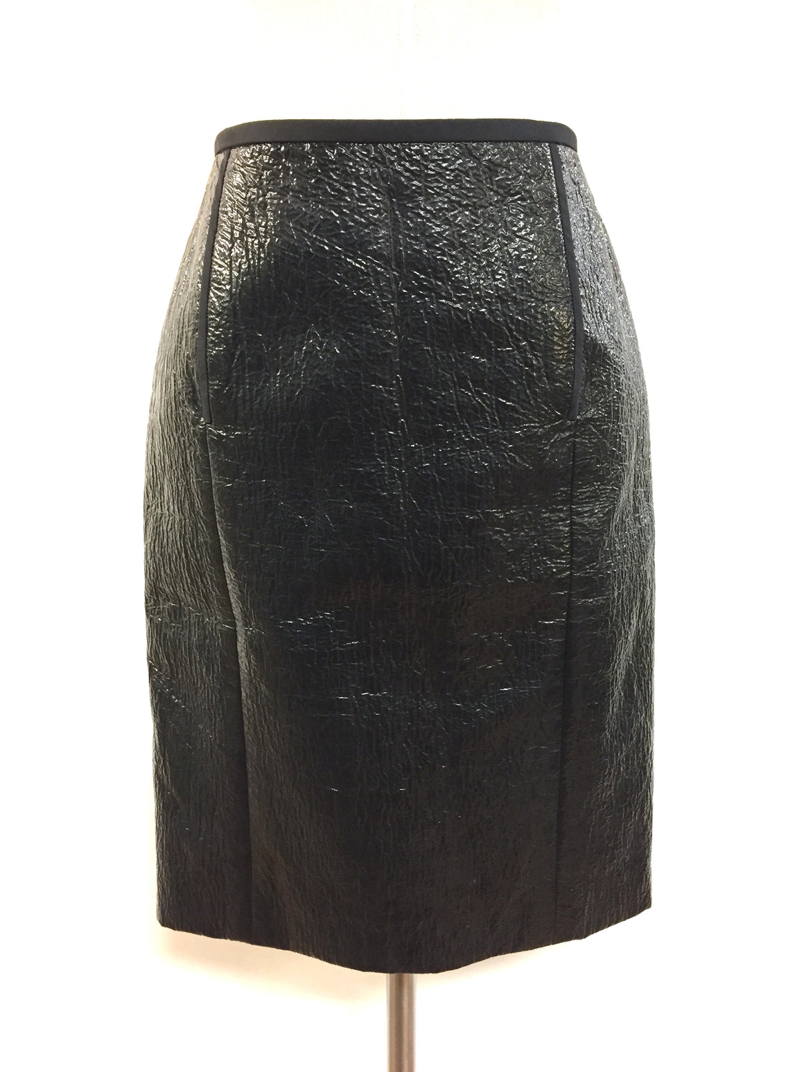 "LANVIN  Black Crinkled Glossy Polyurethane Blend Knee-Length Pencil Skirt ""From the 10th Anniversary Collection"" Size: 6 - Estimated"