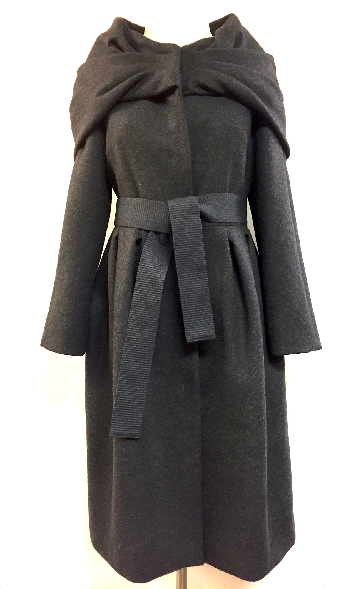 MAX MARA  Charcoal Wool/Angora Belted Coat with Large Collar/Hood  Size: 4