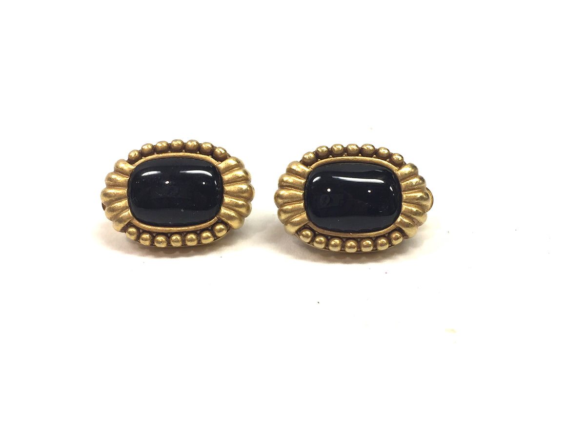 Vintage DONNA KARAN - DKNY Goldtone Beaded Edge Black Onyx Center Cli-On Earrings
