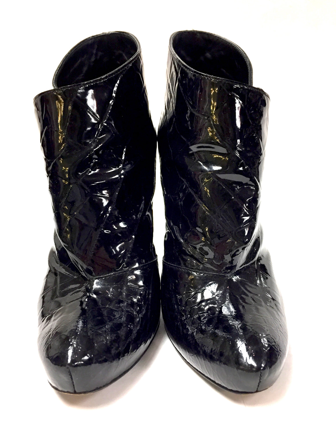 LOUIS VUITTON  Black Reptile-Patterned Patent Leather DELFT OPHELIA Ankle Booties Shoes Size: 38 / 7.5