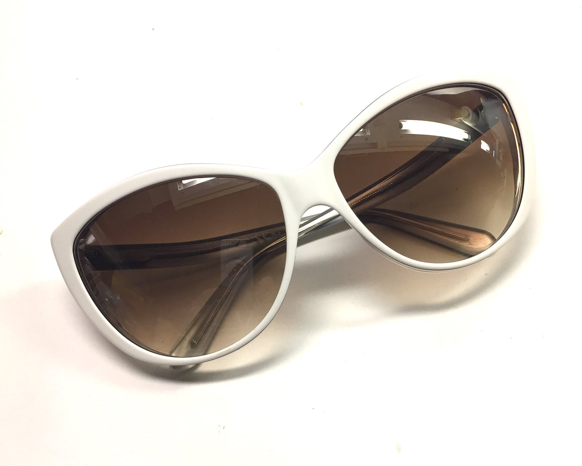 ALEXANDER McQUEEN White/Silver Cat Eye Sunglasses #4147/S