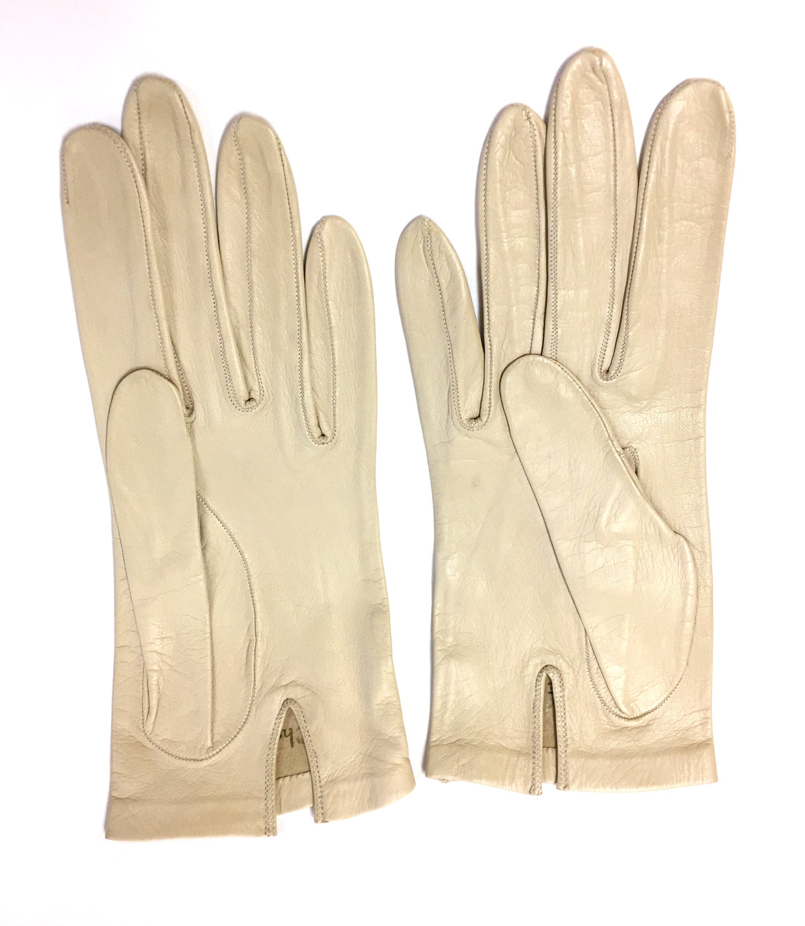 bisbiz.com CHRISTIAN DIOR Vintage Beige Kidskin Leather Wrist Gloves Size: 6.3/4 - Bis Luxury Resale