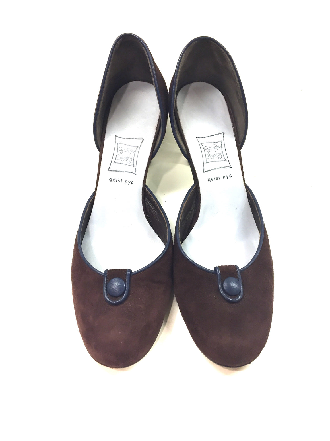 CYNTHIA ROWLEY Brown Suede Navy Leather Button & Trim D'Orsay Heel Pumps Sz8.5
