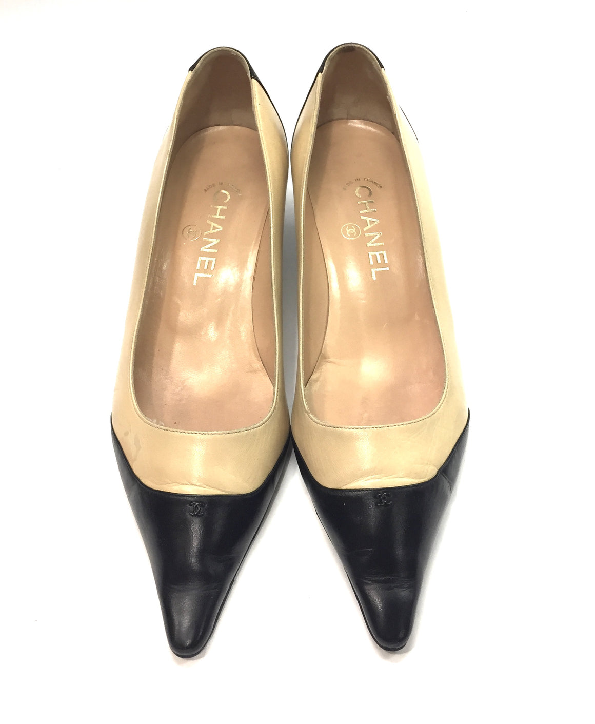 CHANEL Beige Leather Black Pointed Cap-Toe Kitten Heel Pumps Shoes Sz38/7.5