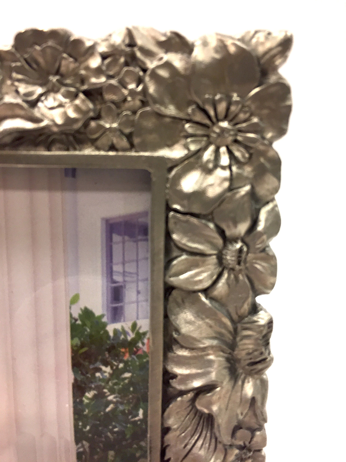 Vintage New SEAGULL CANADA Flower-Patterned Fine Pewter Photo Frame