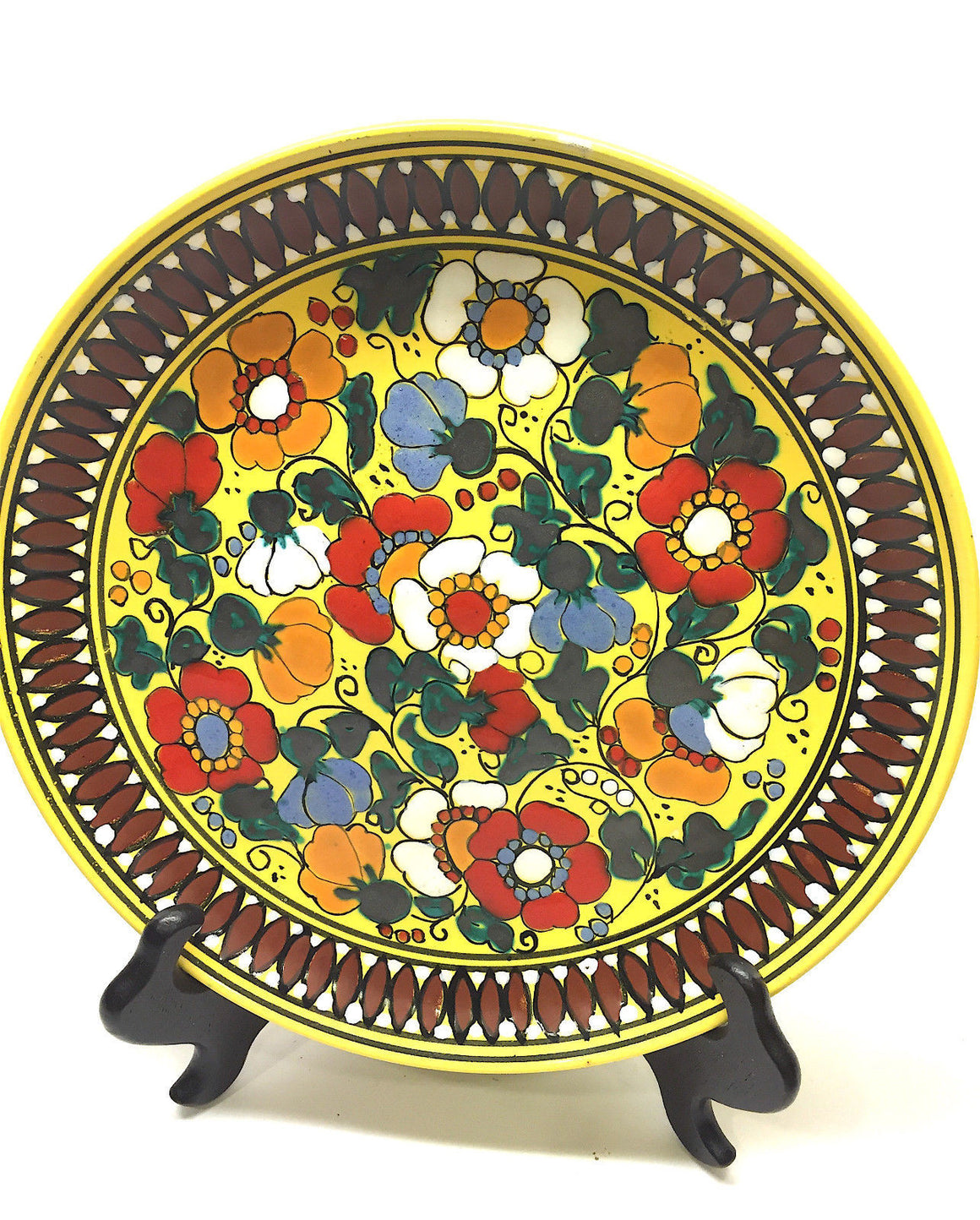 bisbiz.com CERAMICA BARILOCHE Vintage Set of 2 Hand-Painted Floral-Motif Decorative Plates - Bis Luxury Resale