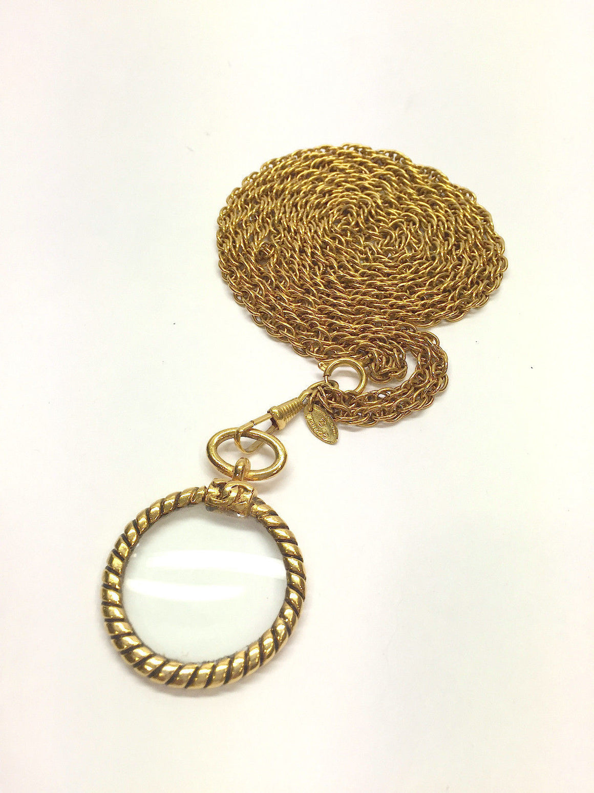 bisbiz.com CHANEL Gilt Metal Double Chain Magnifying Glass/Loupe  Pendant Necklace - Bis Luxury Resale