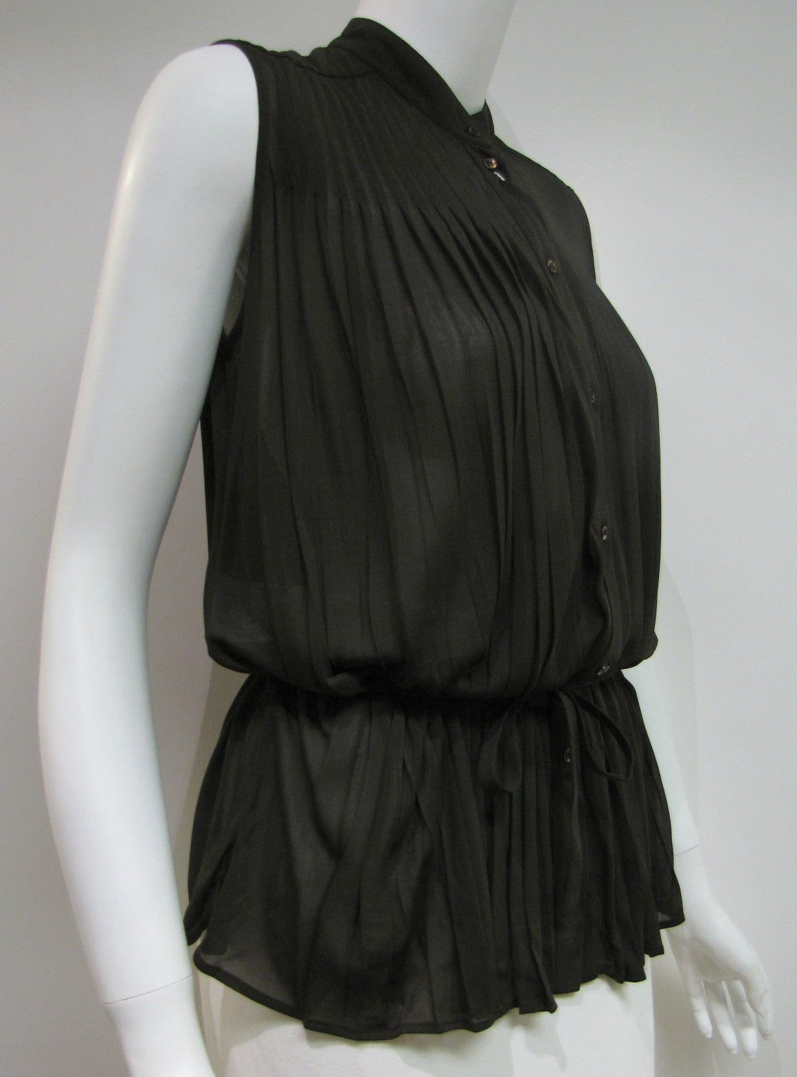 bisbiz.com MAISON MARTIN MARGIELA  Paris Seaweed-Green Viscose Pleated Sleeveless Blouse Shirt  Size: IT40/US6 - Bis Luxury Resale