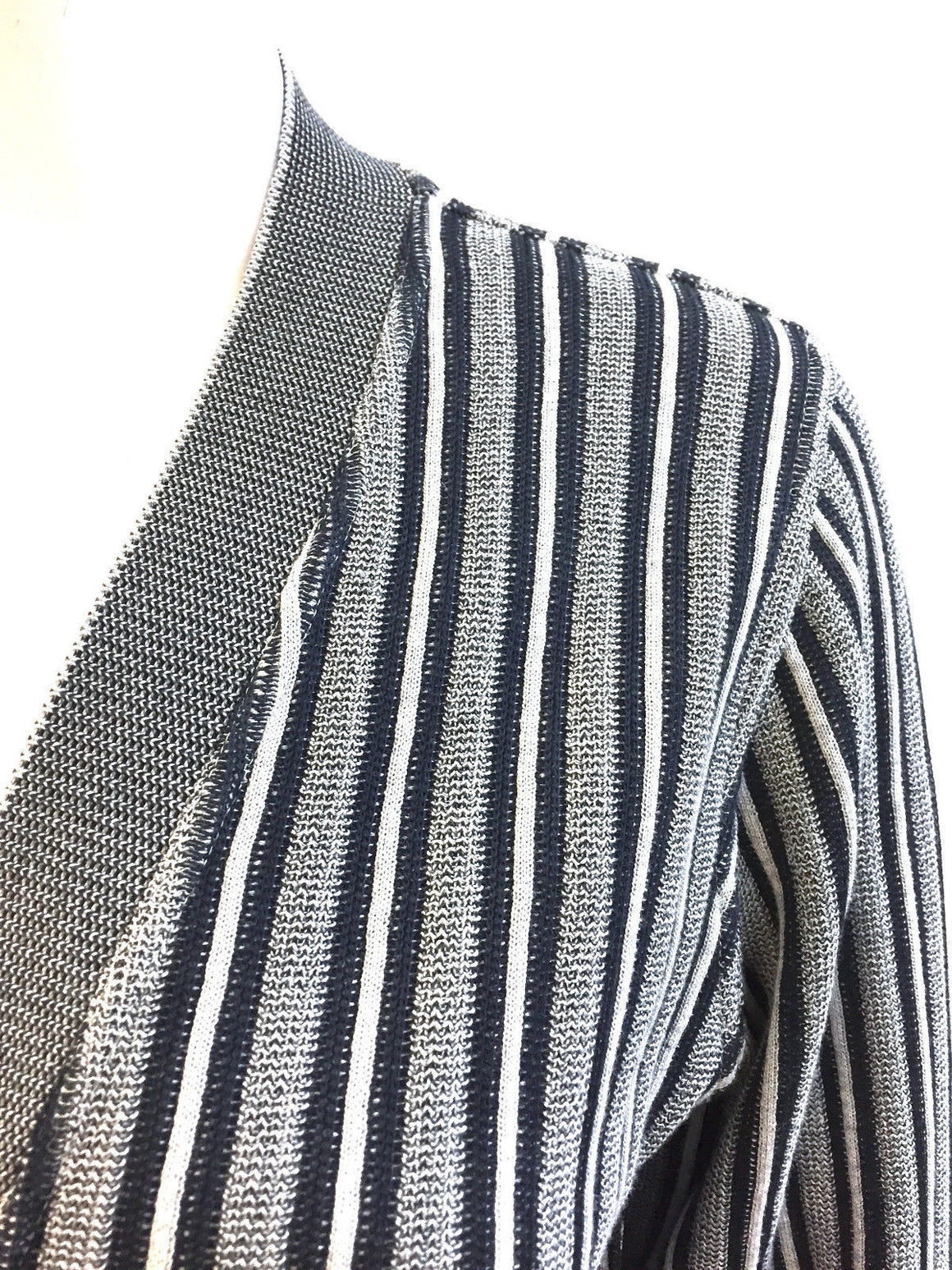 bisbiz.com RANI ARABELLA  Navy-Blue/Gray Cotton/Silk Gros-Grain Trim Striped Knit Cardigan Size: Large - Bis Luxury Resale