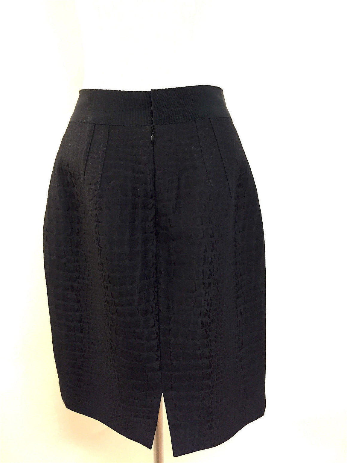 bisbiz.com GIAMBATTISTA VALLI Black Reptile-Patterned Wool/Silk Dress Pencil Skirt Size: 46/12 - Bis Luxury Resale
