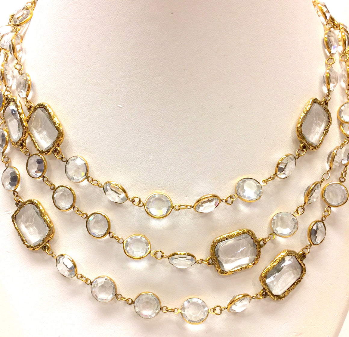 CHANEL Vintage 1981 Gilt Metal Clear Crystal Chicklet Necklace