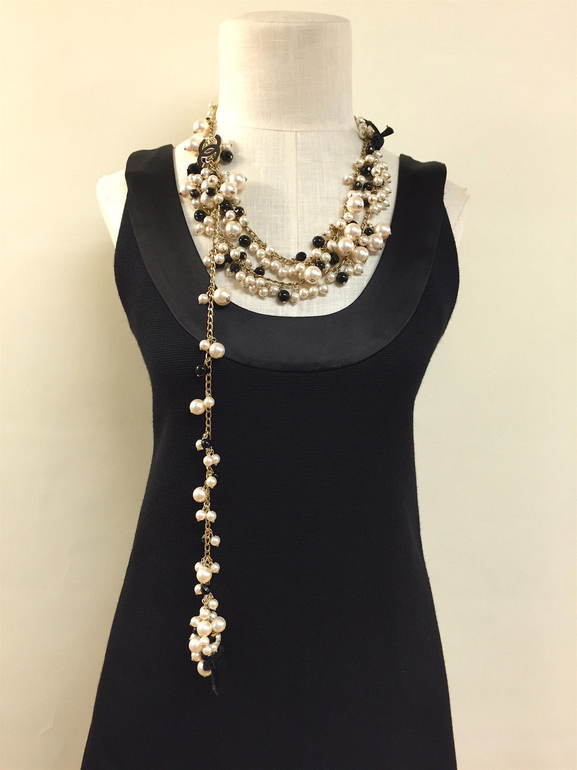 bisbiz.com CHANEL  From the 2007 Cruise Collection Pearls & Jet Black Enameled CC & Velvet Bows Tiered Belt Necklace One Size - Bis Luxury Resale