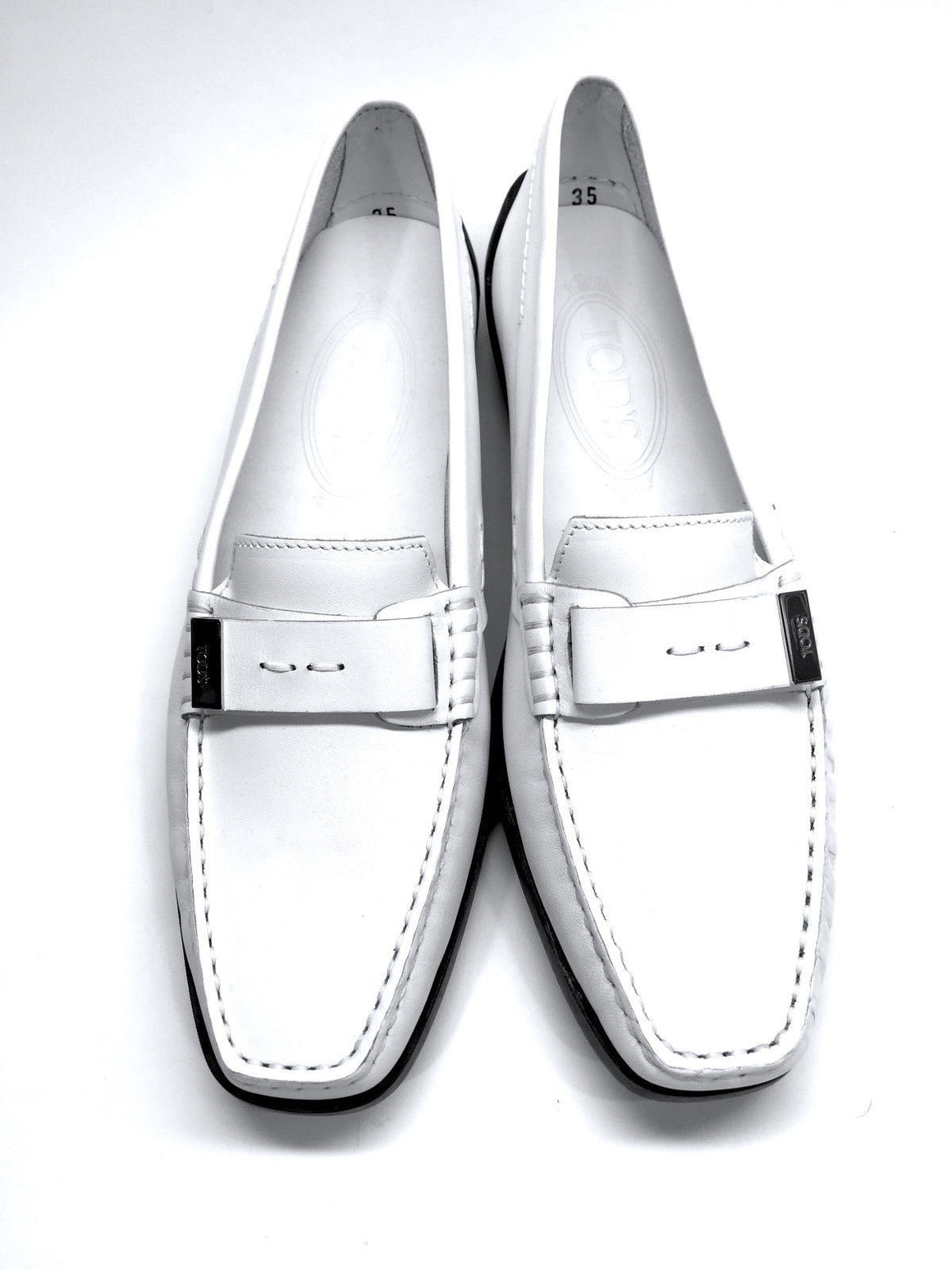 bisbiz.com TOD'S  New  White Leather Grooved Rubber Soles  Driving Loafers Moccasins Shoes  Size: 35/5 - Bis Luxury Resale