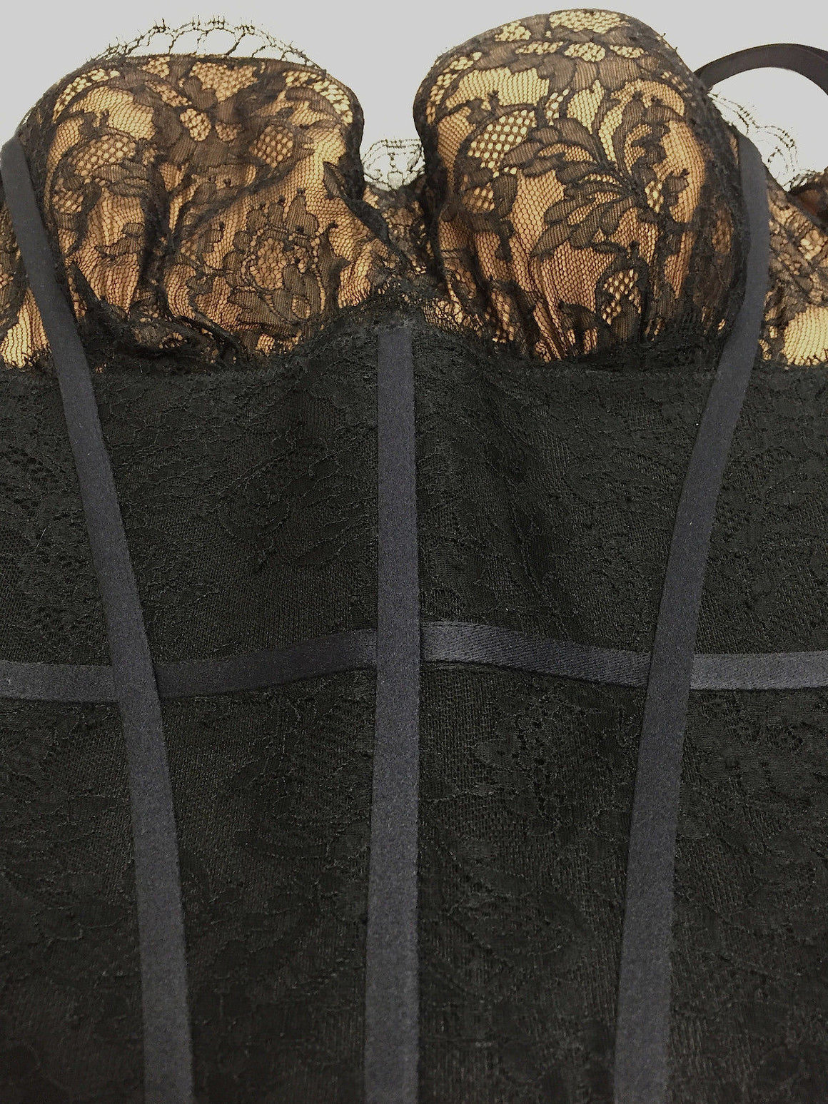bisbiz.com LA PERLA   Black Lace Nude Underwire Bra Elastic Bustier w/Detachable Straps   Size: US34 / IT2 - Bis Luxury Resale