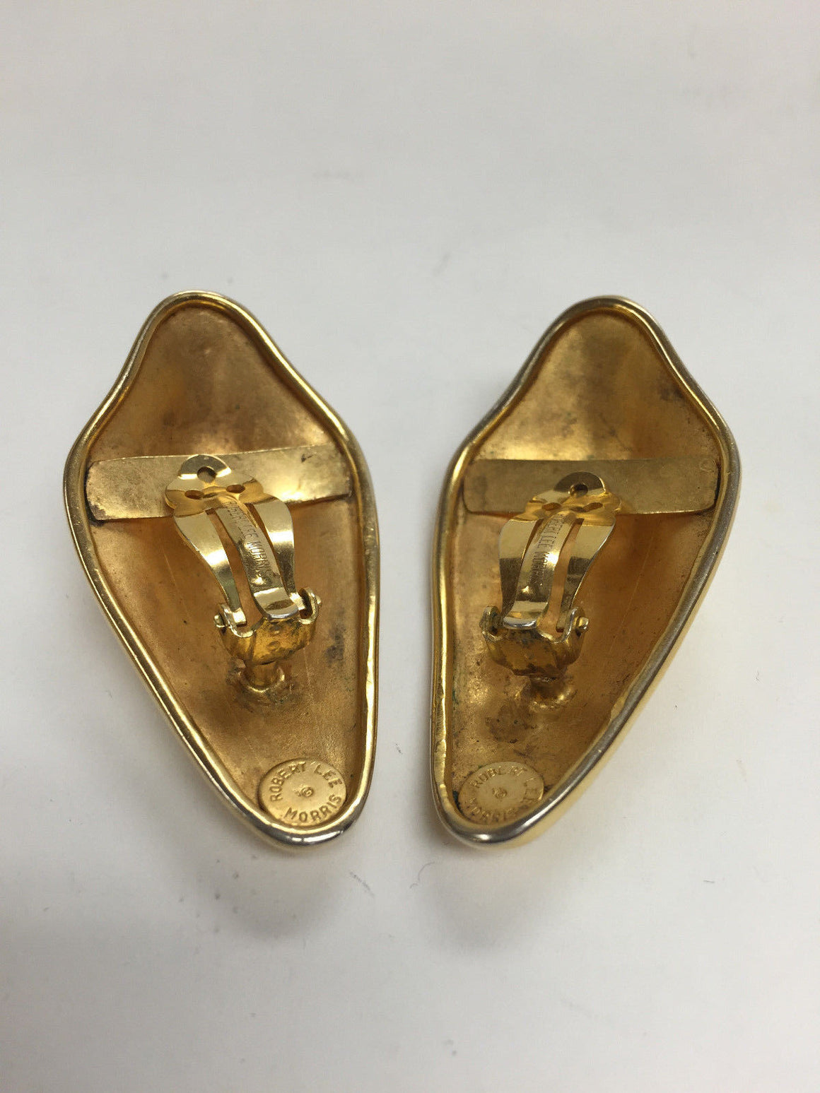 bisbiz.com ROBERT LEE MORRIS   Matte Gilt Metal Abstract-Form Modernist Clip-On Earrings - Bis Luxury Resale