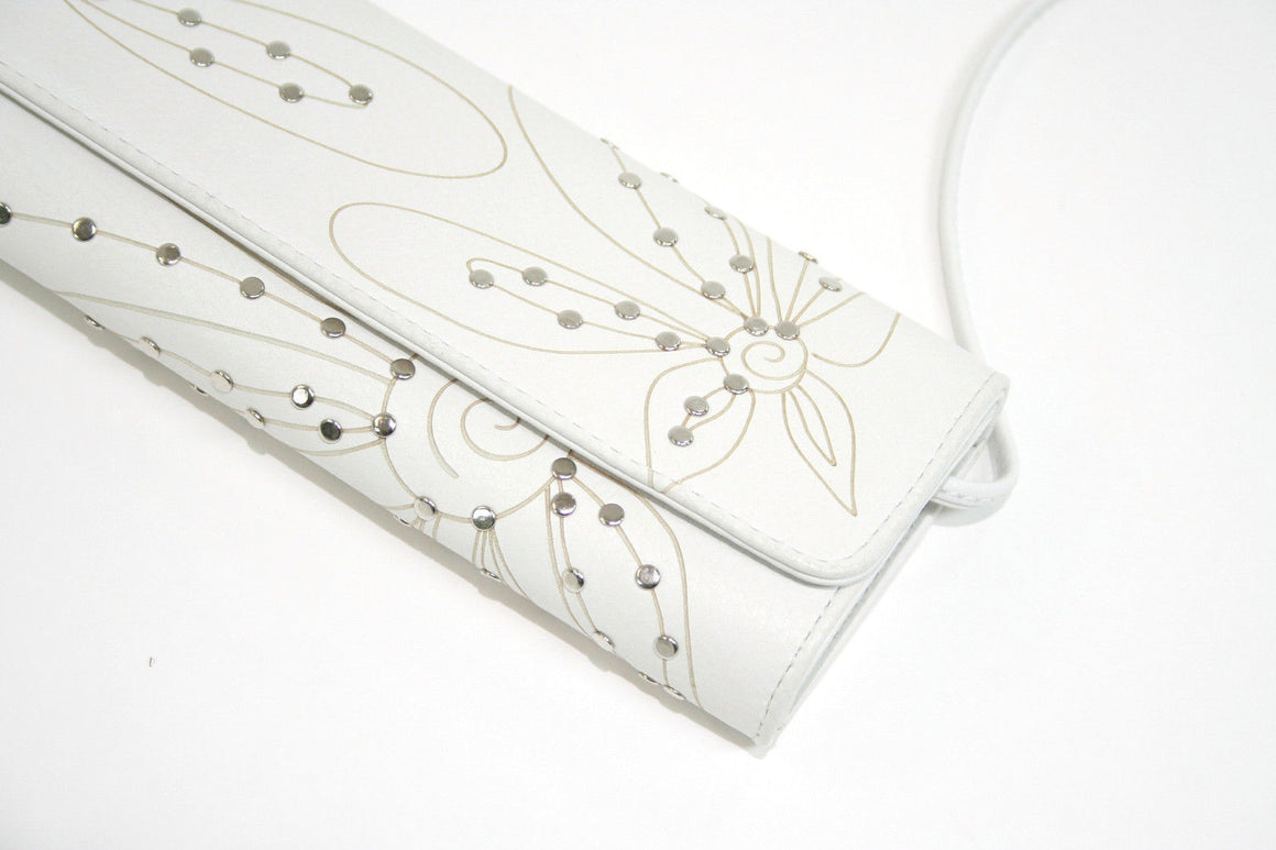 bisbiz.com FATTO A MANO CARLOS FALCHI   White Grained Leather Flower Studded Detail Clutch/Shoulder Bag - Bis Luxury Resale