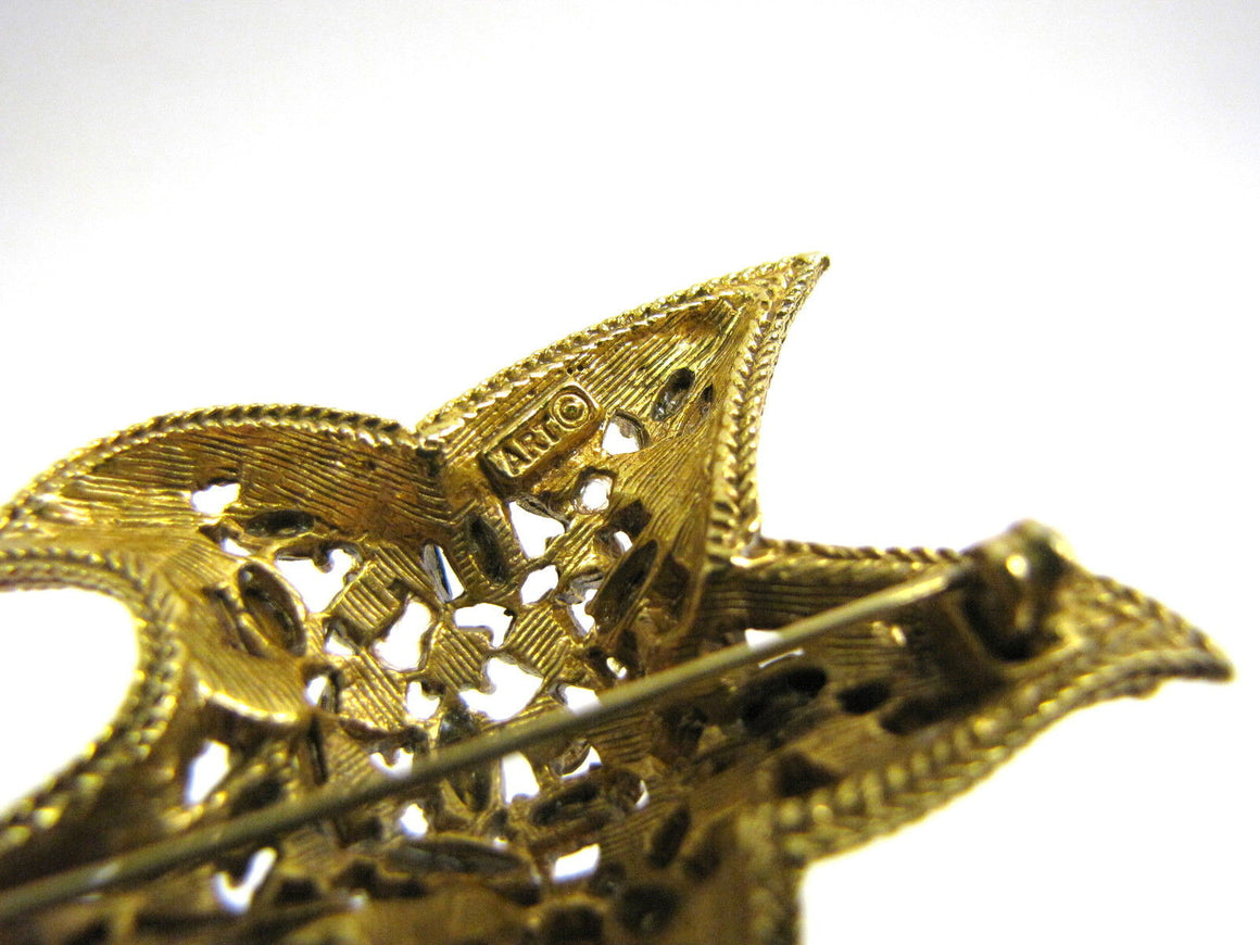 bisbiz.com ART  Vintage Gilt Metal Crystal-Studded Star Fish Pin Brooch - Bis Luxury Resale