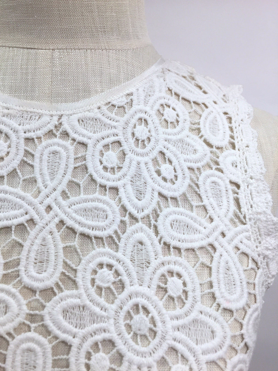 bisbiz.com INTERMIX   Ivory Cottom Floral Lace Sleeveless Peplum Blouse Top Size: Small - Bis Luxury Resale