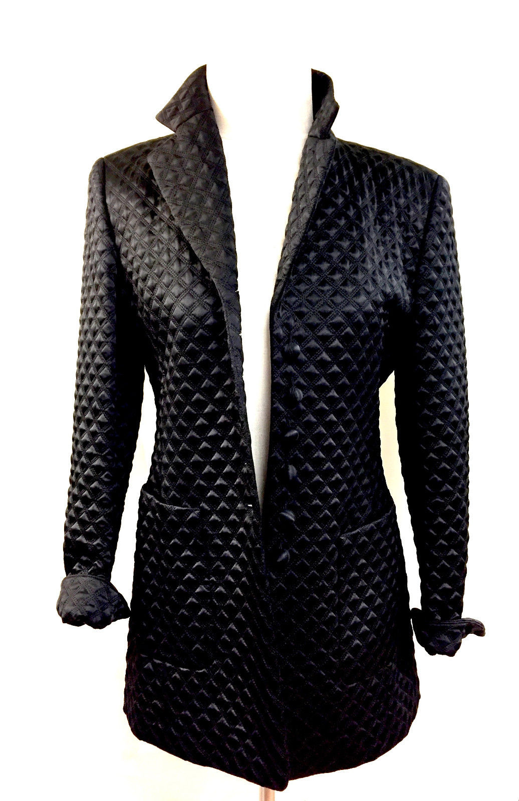 bisbiz.com ESCADA ELEMENTS  Black Diamond-Quilted Silk-Blend Evening Jacket Blazer Size: EU 36 / US6 - Bis Designer Resale