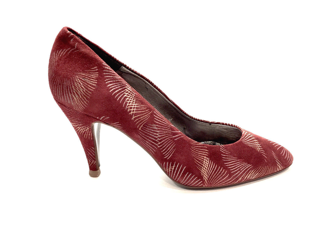 bisbiz.com PRIMA Italy Red Stenciled Suede Heel Pumps  Size: 8 - Bis Luxury Resale